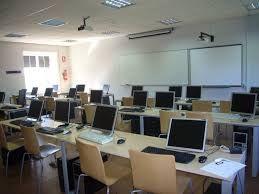 Resultado de imagen para aula de informatica