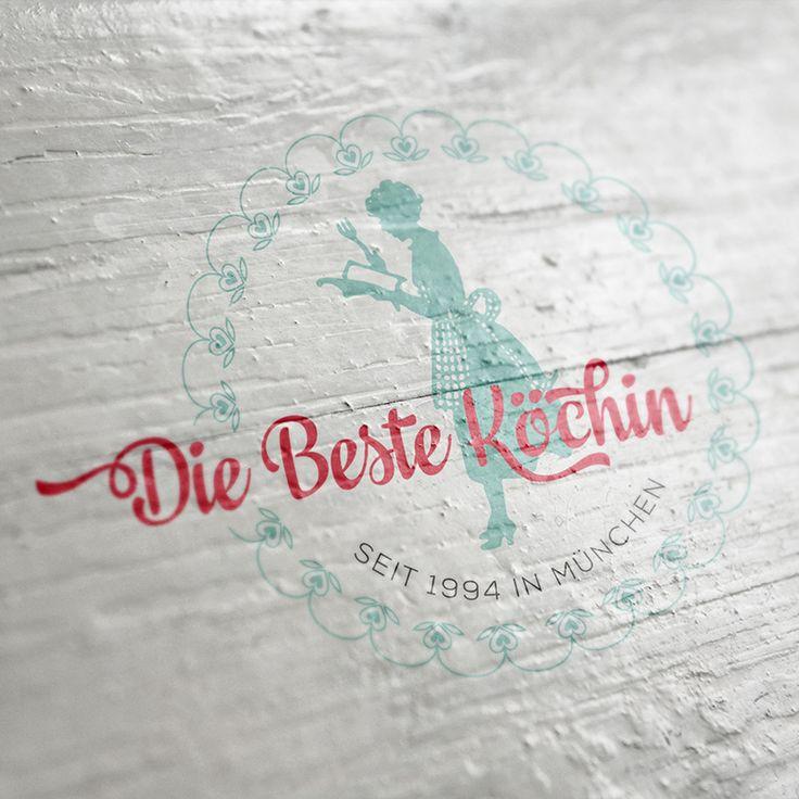 """Σχεδιασμός λογοτύπου, σχεδιασμός συσκευασίας και εντύπου για την εταιρία παραγωγής και τυποποίησης προϊόντων σως, """"Die Beste Kochin"""". Μόναχο, Γερμανία. / Logo design, packaging and brochure design for the company """"Die Beste Kochin"""". Munich, Germany. http://www.foxcreative.gr/#/die-beste-kochin/"""