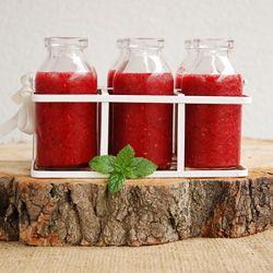 Oczyszczające smoothie z burakiem, truskawkami i malinami