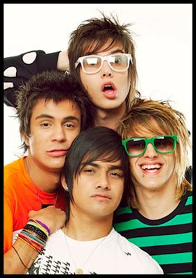 ELESSANDRO ALTERNATIVO: BANDA RESTART NO COMEDIA MTV