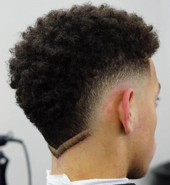 Curly Hair Fade Best Curly Taper Fade Haircuts For Men 2020 Guide Curly Hair Men Fade Haircut Curly Hair Curly Hair Fade