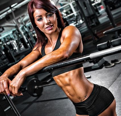 Пять главных задач для девушки в тренажерном зале. Составляем идеальную программу тренировок с учетом особенностей женского телосложения.
