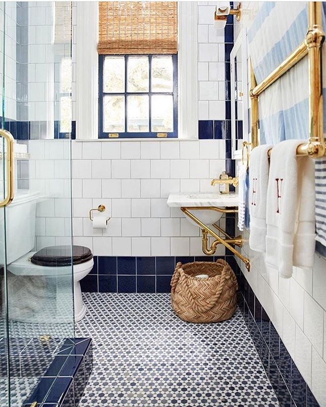 Such A Classic Bath With Navy And White Tile Brass Accents Navy Painted Window Trim Bathroom Interior Design Trendy Bathroom Tiles White Bathroom Interior