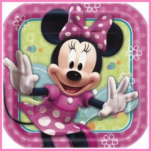 Minnie Mouse Lunch Plates, $3.09 Cdn pkg/8.