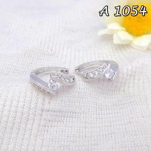 Anting Xuping Perhiasan Permata Kecil Silver A 1054 Fast Respon Pin BB : DB26F989 No Hp : 081223398889