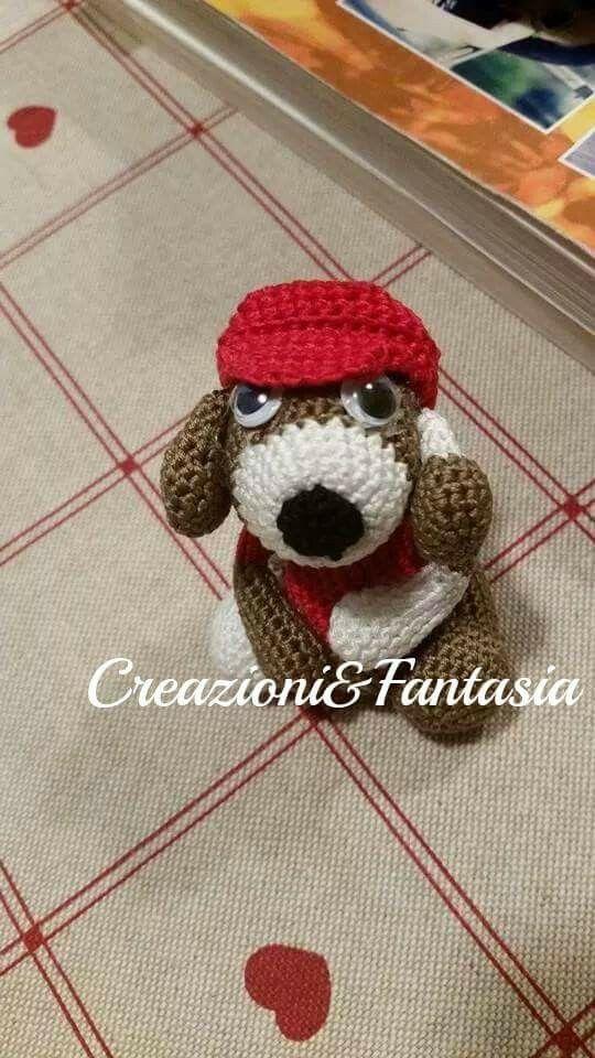 #uncinetto #crochet #amigurumi #handmadewithlove #handmade #handmadeinitaly #fattoamano #artigianatoitaliano #creazioniefantasia  #picoftheday #madeinitaly #artigianato #fattoamanoconamore #accessori #accessories #cagnolino #littledog