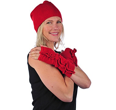This 2 piece flip hat with arm warmers set from the V. Fraas Accessories Collection makes a great gift for someone you want to keep cozy this winter. Looks cozy! #ilovetoshop