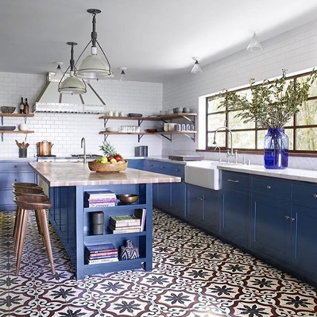 Elegant Dream Kitchen! Love The Statement Tiles And Punchy Blues Of This Beauty  Found Via @