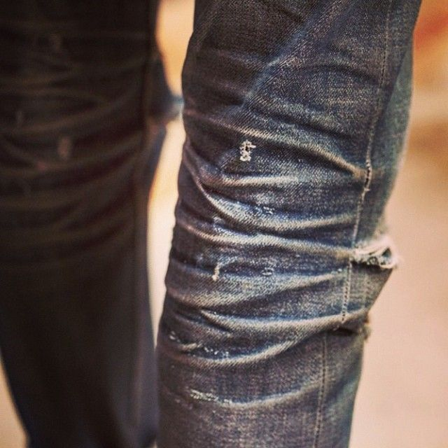 modernvintagemen:  Ever seen more character in a raw denim jeans?