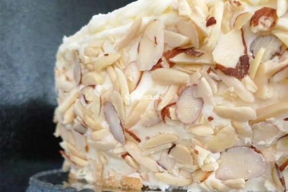 Torta de pompadour: http://torta-pompadour.recetascomidas.com/