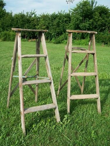 Vintage Wooden 4 Step Ladder for Decorating - Wood Surface or Painted LaddersStep Ladders, Vintage Ladders, Decor Ideas, Wooden Ladders, Ladders Ideas, Vintage Wardrobe, Vintage Wooden, Painting Ladders, Wood Surface
