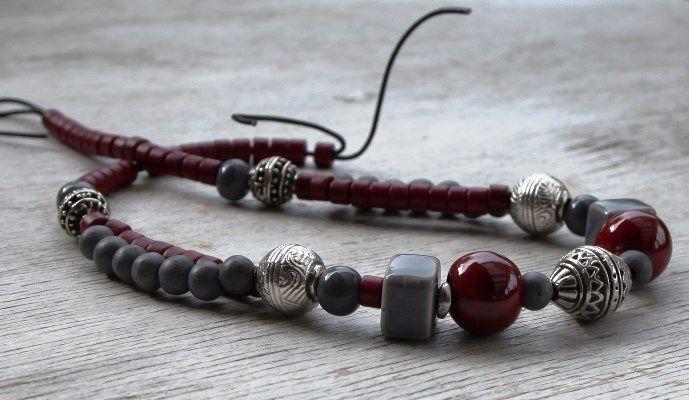 Grey& red