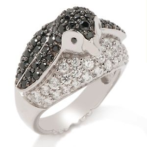 I totally need this sparkly penguin ring. SO CUTE! Look at his tiny feet on the bottom of the band!