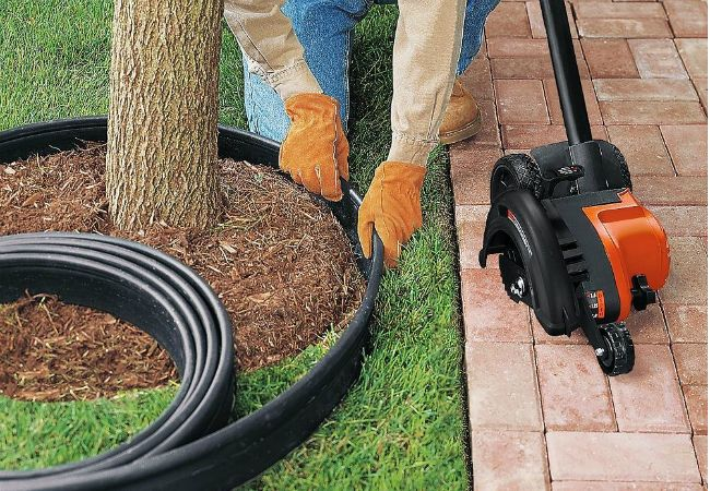 Simplify your search for the best lawn edger with our Buyer's Guide
