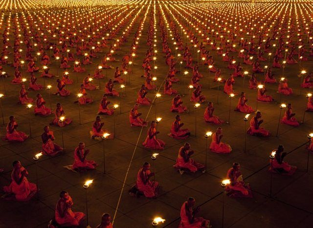 A hundred thousand monks in meditation for a better world. | Awesome shot!