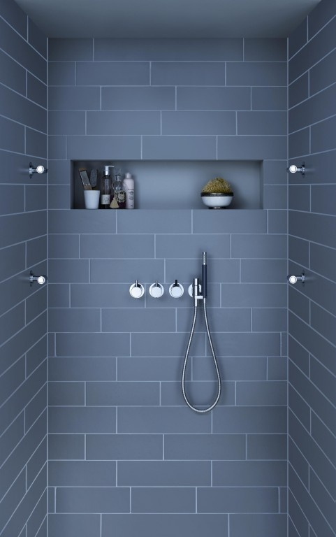 love the subway tile & the storage space