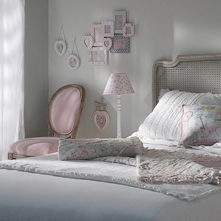 free so romantique chambre fillesdco chambre with tableau pour chambre adulte romantique. Black Bedroom Furniture Sets. Home Design Ideas