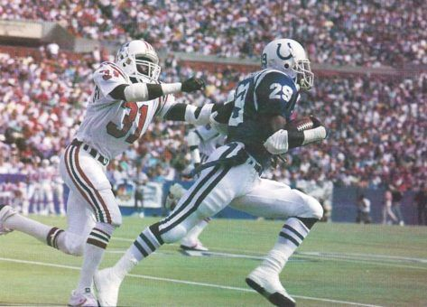 Eric Dickerson In 1988 Dickerson set Colt team records with 388 attempts and 1659 yards.