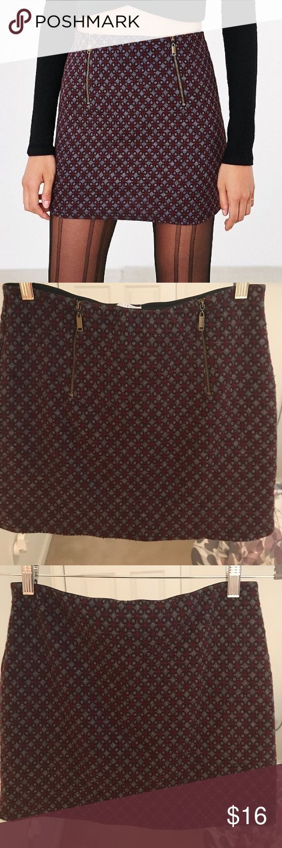 Cooperative Quinn Pelmet Skirt- Urban Outfitters UO skirt by Cooperative with two front zips (may be worn to the back as well, you can not tell the difference as I didn't). Gently worn, only worn for pictures. May fit sizes 8-12. Cooperative Skirts Mini