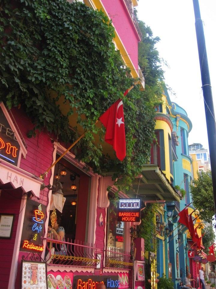 Beautiful colored buildings in Istanbul - Sultanahmet - Hipodrome Square