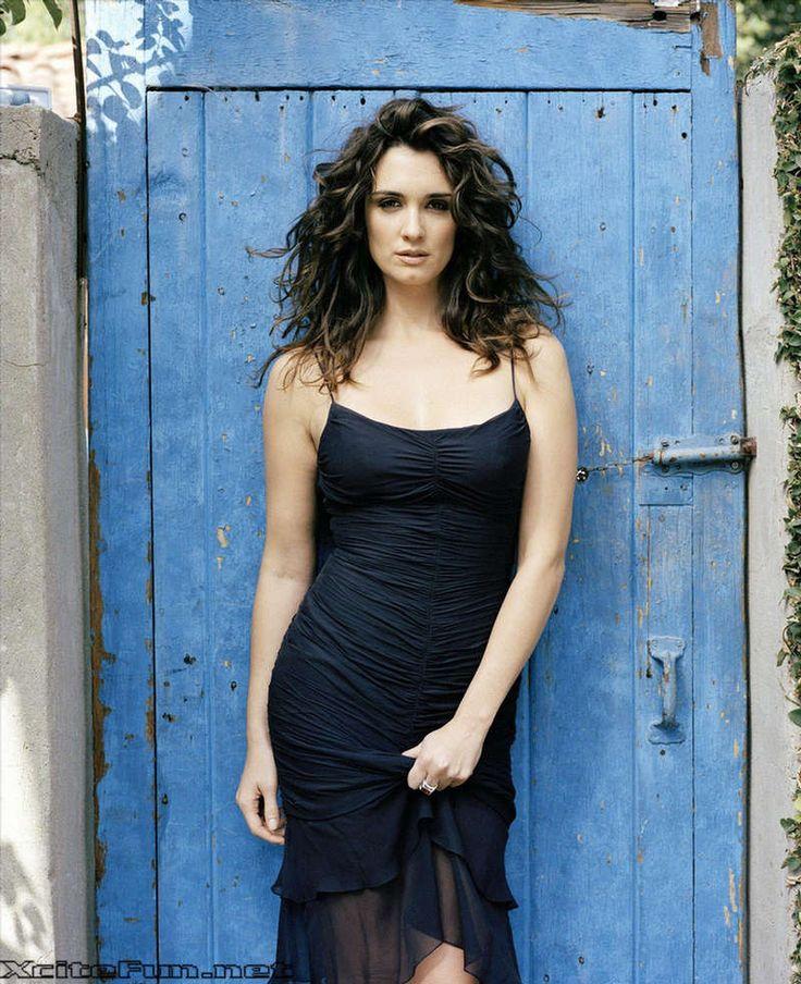 Spanish Actress Paz Vega Biography Firooz Zahedi Photoshoot