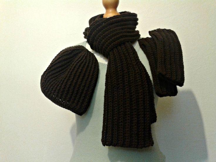 cappello, sciarpa e guanti da uomo in 100% lana di Il mondo di Tabitha su DaWanda.com #crochet #scarf #beanie #gloves for #men #handmade in #merinowool