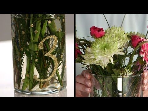 Diy floral centerpiece with glitter table numbers diy for Glitter numbers for centerpieces