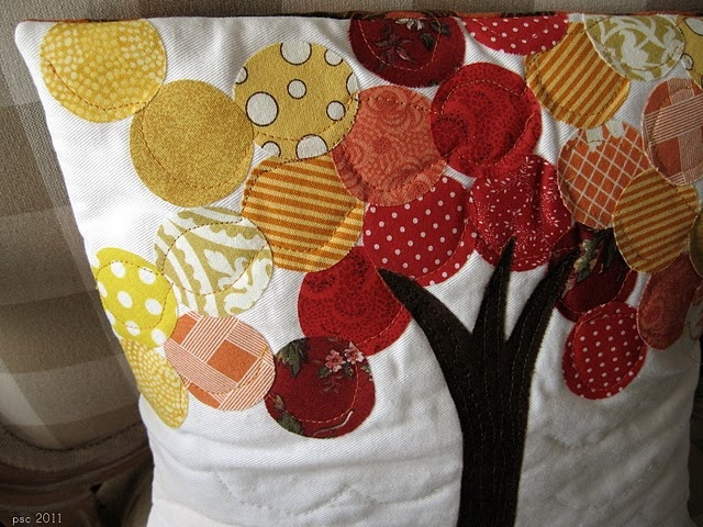 cute fall pillow: Sewing Projects, Quilt, Fall Pillows, Trees, Fun, Craft Ideas, Crafts