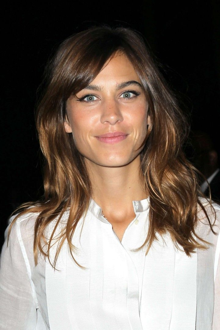 Alexa Chung aka my growing it out inspiration. Long hair 2015 or bust.