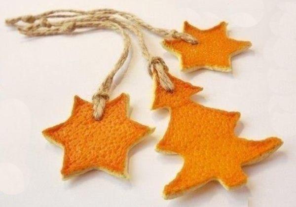weihnachtsbaumschmuck aus orangenschalen