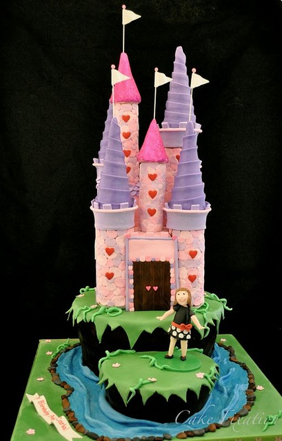 Castle Cake by Stephanie (Cake Fixation), via Flickr