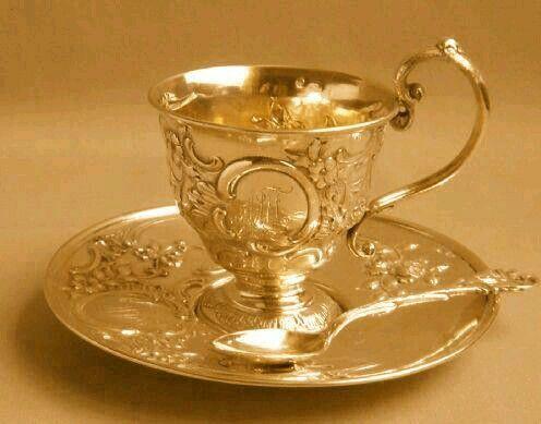 golden tea cup & saucer