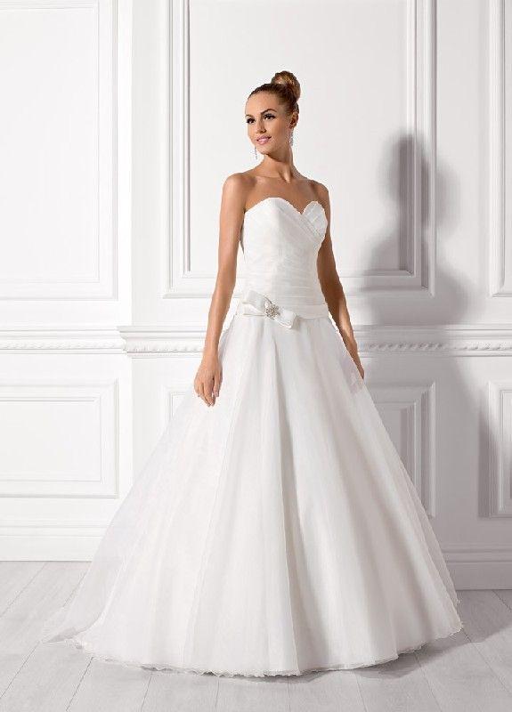 55 best Brautkleider images on Pinterest   Bridal gowns, Short ...