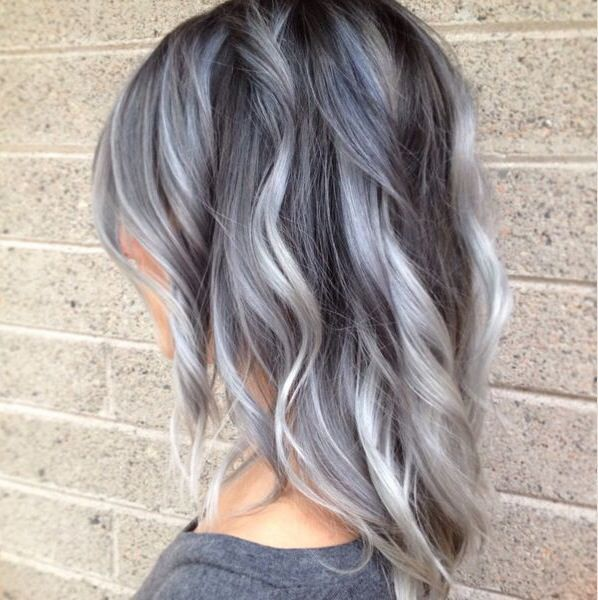 Ombre gray / silver hair but I think I want it with a bigger chunk of dark  at the top? I\u0027m gonna do this when I\u0027m older and start getting grey hairs