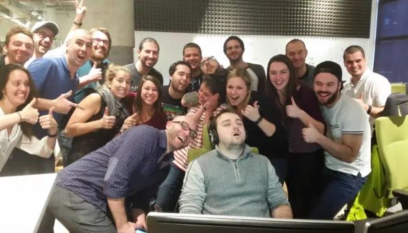 This Man Falling Asleep At Work Resulted In An Epic Photoshop Battle - Yahoo