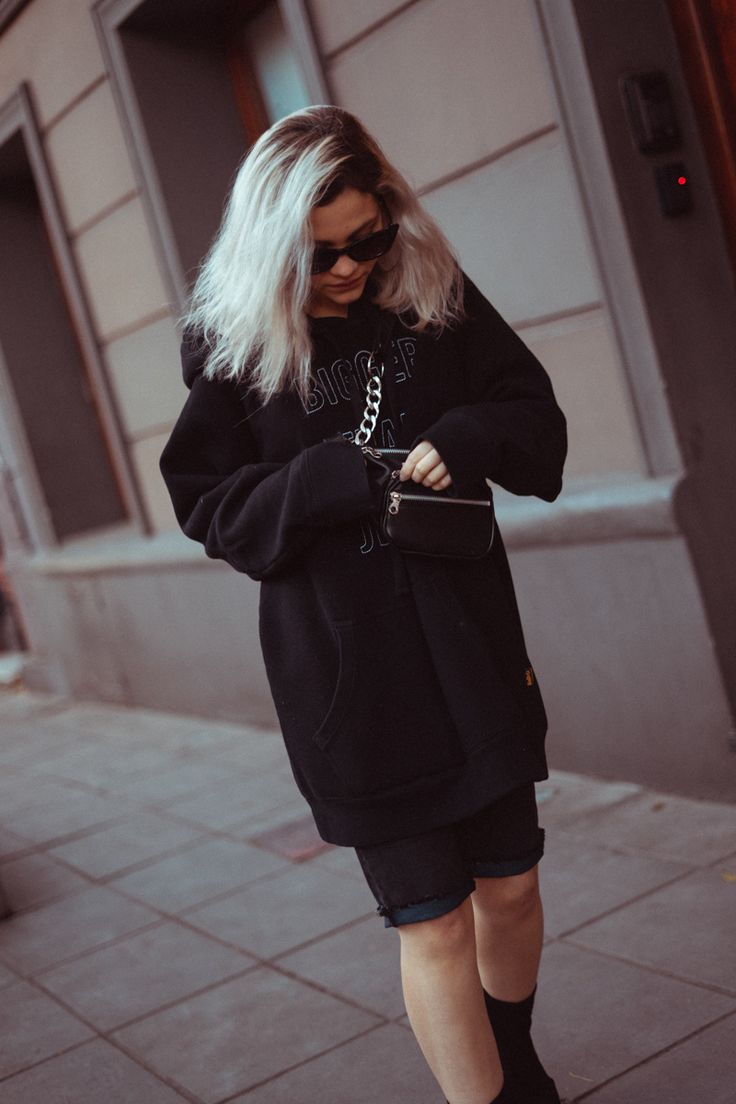 MAXI SUETER NEGRO Poses, Ideas Originales, Street Style, Instagram, Outfits, Sweaters, Tumblr, Dresses, Fashion