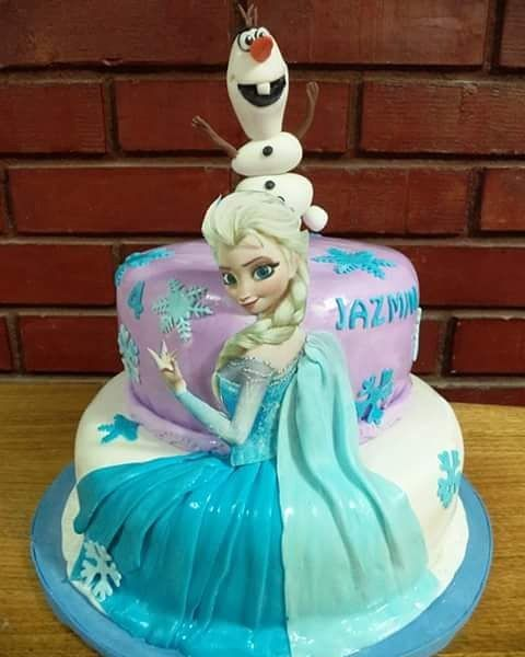 #Elsa #frozen #Olaf #fondant #cake by Volován Productos #Puq #chile #torta #VolovanProductos