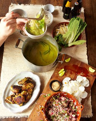 Green curry crispy chicken, kimchee, rice noodles