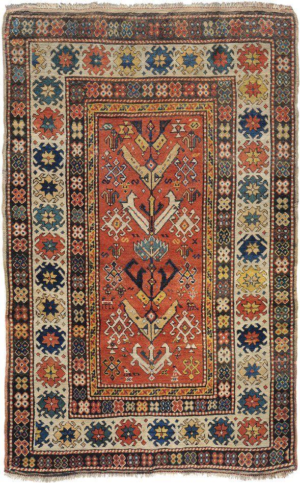 Gendje S-Kaukasus, um 1900. Auf klarem roten Grund  120x186 cm (ft. 4x6.1).