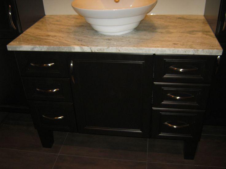 1000 id es sur le th me comptoirs en granit salle de bains sur pinterest comptoirs de cuisine. Black Bedroom Furniture Sets. Home Design Ideas