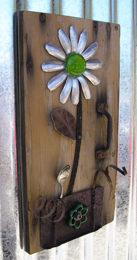 Jello Rustic Door Floral Wall Art Home Decor Flower Wall Hanging Reclaimed Wood