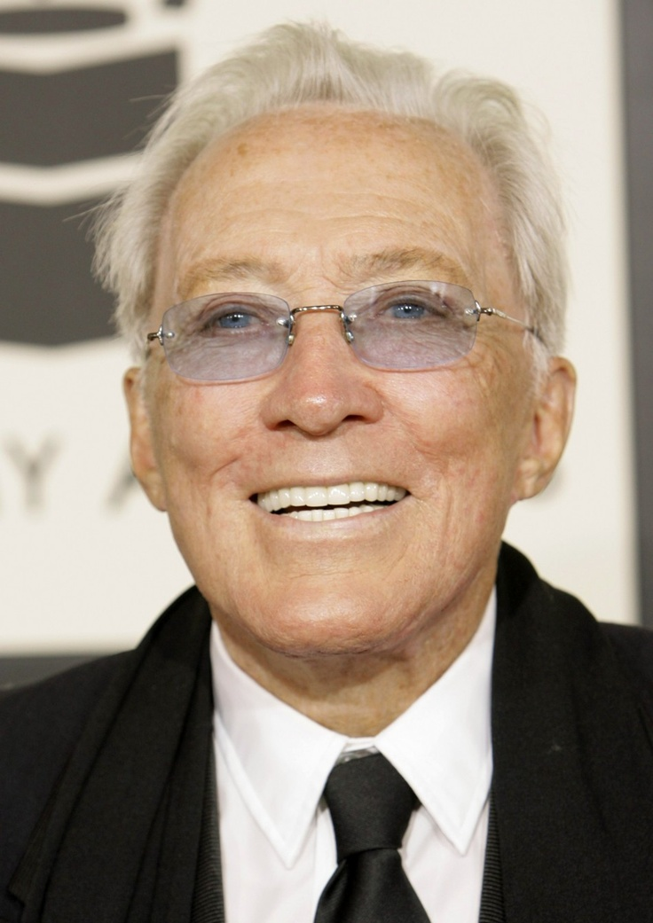 Andy Williams arrives at the 50th annual Grammy Awards in Los Angeles, CA