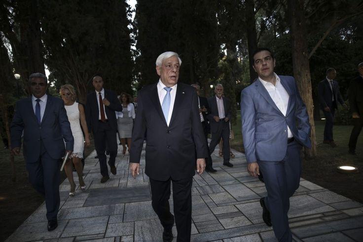 Τύπος & Λόγος: ΙΣΤΟΡΙΚΕΣ ΕΥΘΥΝΕΣ>Ο Παυλόπουλος προετοιμάζει τους ...