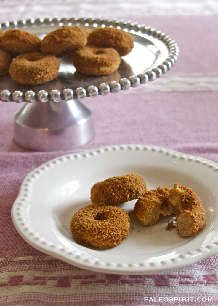 Apple cider Donuts - grain free and refined sugar free for Hanukkah sufganiyot!