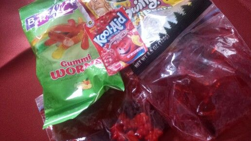 Super sour gummy worms or gummy bears 1 pack of unsweetened kool-aid 1 pack of gummy bears or gummy worms Enough water to make tge gummies wet  Put gummies in plastic bag Add water Add kool aid Mix aroynd a little Stick in fridge for 2-3 hours (: