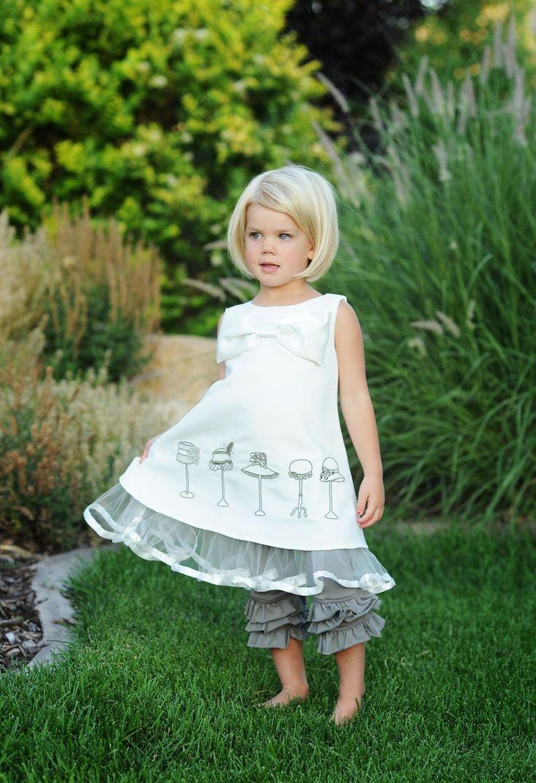 love this little girl's hair! so cute!