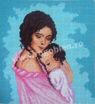 Cod produs 1.02 Mama cu copil in brate Culori: 15 Dimensiune: 12 x 13cm Pret: 29.76 lei