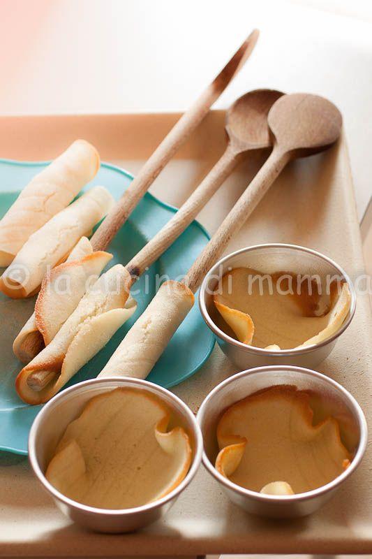 la cucina di mamma: Gelato alle fragole cremosissimo e biscotti tuile