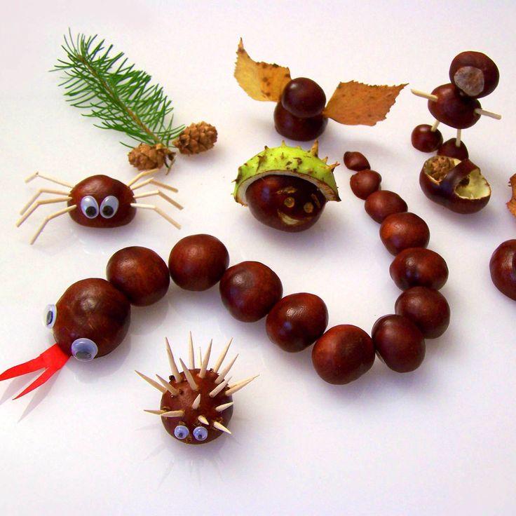 Im Herbst gibt es viele schöne Anlässe zum Basteln. Die Bäume verlieren farbenprächtiges Herbstlaub und Kastanien und liefern uns damit kostenloses Bastelmaterial für unser Herbstbasteln.