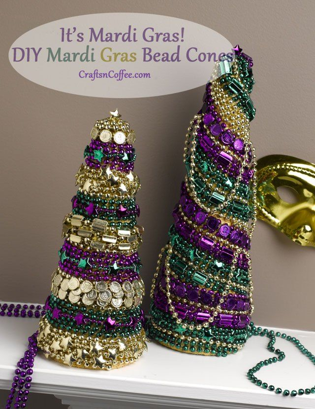 Mardi Gras bead topiaries. Easy Mardi Gras decorations. CraftsnCoffee.com
